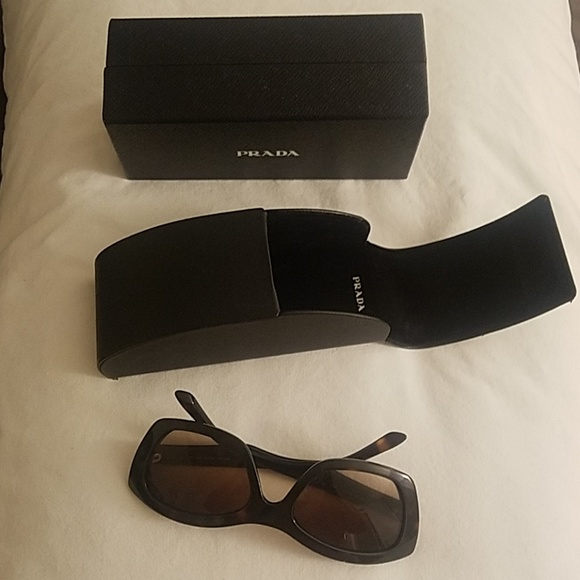 6ea370a3d9fa Prada cat eye sunglasses
